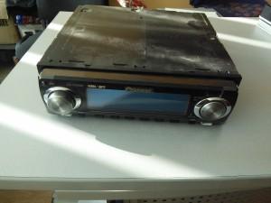 Ремонт магнитолы Pioneer DEH-P9400: не включается