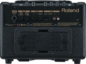 Roland AC-33: Устранение дефекта ограничения громкости