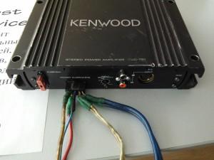 Kenwood KAC-721: Хрипит один канал