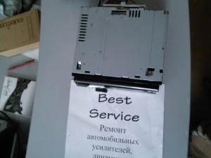 Автомагнитола JVC KD-R811 не включается