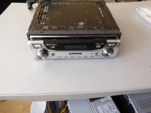 Pioneer DEH-P9650MP - не включается и плохо читал диски