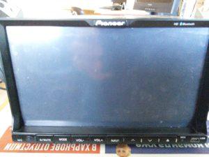 Магнитола Pioneer PI-803 - не показывает экран