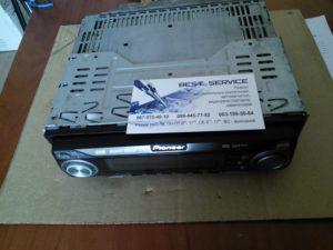 Автомагнитола Pioneer DEH-P5730 - замена кнопки включения, ремонт разъёма панели