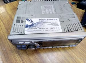 Автомагнитола Alpine CDA-9812R - сама выключается и включается. Практически не работает